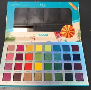 She makeup holiday eyeshadow palette.